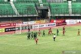 Persebaya vs Perseru Badak Lampung tanpa gol di babak pertama