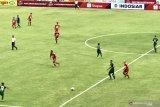 Persebaya Surabaya kalahkan Perseru Badak Lampung 2-1