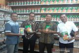 Pusat ole-ole bawang goreng khas Palu milik Mbok Sri  resmi dibuka