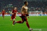 Firmino telanjang usai cetak gol antar Liverpool juara Piala Dunia