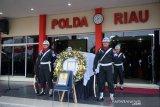 Polda Riau hibahkan rumah kepada istri Brimob gugur di Papua