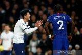 Chelsea jadi korban pelecehan rasial suporter Tottenham Hotspur