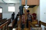 Gegana Brimob Polda DIY periksa lima gereja di Kulon Progo