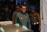 Gubernur-Kapolda Sulsel dan Pangdam pantau Misa malam Natal di Makassar