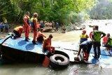 Evakuasi korban Bus Sriwijaya dihentikan sementara, korban ada 41 orang