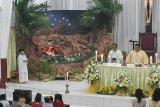 Umat Katolik Keuskupan Manado doakan perdamaian di Malam Natal