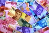 Rupiah menguat jelang akhir 2019, di bawah Rp14.000