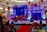 Pusat perbelanjaan di Purwokerto padat pengunjung pada liburan Natal
