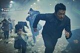 Penyelamatan bencana Korea berbalut aksi komedi dalam 'Ashfall'