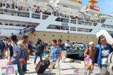 Puluhan personel keamanan kawal arus mudik penumpang di Pantoloan Palu