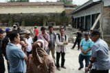 Bupati Tanah Datar desak rekanan segera selesaikan pasar sayur Koto Baru