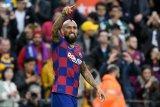 Arturo Vidal nilai Barcelona tak adil soal bonus
