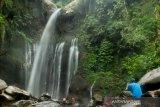 Dua wisatawan terseret arus di air terjun Coban Cinde Malang