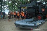 Tim SAR Brimob jaga objek wisata bahari di Maluku, antisipasi cuaca