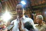 Jokowi: Beri kesempatan polisi membuktikan penyerang Novel Baswedan