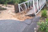 Pemprov Sumsel bangun jembatan darurat atasi  jembatan putus di Lahat