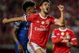 MU berminat pinjam Fernandes dari Benfica