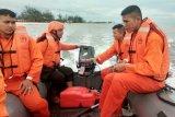 Personel Brimob disiagakan di Pantai Ujung Pandaran amankan libur tahun baru