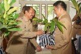 PNS pensiun Pemkab Magelang wajib sedekah tanaman atau buku