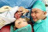 Gubernur Kalteng sambut tahun 2020 dengan kelahiran putranya
