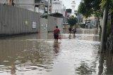 Operator seluler upayakan BTS tetap teraliri listrik  saat banjir
