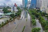 PLN padamkan listrik sejumlah kawasan terdampak banjir di Jabodetabek