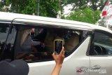 Prabowo Subianto dan putranya menemui Presiden Jokowi di Gedung Agung