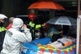 Camat Cipondoh benarkan satu anak diduga hilang hanyut banjir