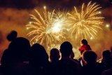 Sebanyak 7.040 tembakan  kembang api sambut 2020 di TMII
