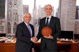 Eks komisioner NBA David Stern meninggal dunia