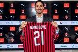 Alasan Ibrahimovic pilih nomor 21 di AC Milan