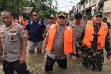 TNI-Polri gelar patroli bersama cegah aksi kriminal terkait banjir
