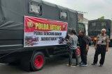Polda Jateng kirim tiga truk bantuan korban banjir ke Jakarta