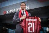 Ibra etak gol di pertandingan pertamanya untuk Milan