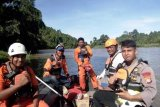 Tim SAR perluas pencarian suami istri hilang di Sungai Kelonding Mamuju