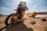 Toby  Price menang etape pertama Reli Dakar