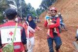 PMI beri layanan kesehatan dan bantu persalinan korban banjir dan longsor