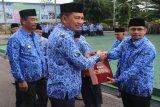 Ratusan PNS di Barito Utara menerima penghargaan Satyalencana