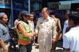 Wagub serahkan bantuan bagi perantau korban kerusuhan Wamena