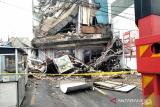 Inilah kronologi gedung yang ambruk di Palmerah menurut pegawai minimarket