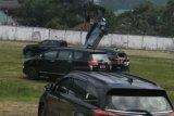 Mobil terseret saat Heli ditumpangi kepala BNPB gagal terbang