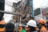 Gedung empat lantai di Palmerah, Jakarta Barat roboh