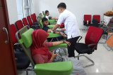 Akibat corona, kota-kota China cari sumbangan darah