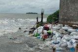 Gubernur Sulsel janji berikan bantuan korban abrasi di Galesong Takalar