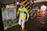 Ganjar pantau penanganan  banjir di jalur Pantura Semarang
