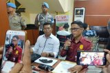 Polisi tembak maling spesialis pembobol kaca mobil di Palu