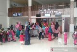 Masyarakat Solo antusias jajal KA Bandara Soemarmo-Stasiun Solobalapan