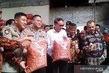 Polisi gerebek industri kue berbahan telur busuk di Lumajang
