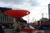 Deretan lampion hiasi kawasan Pasar Gede Solo