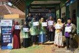 ACT salurkan bantuan biaya hidup kepada puluhan guru di Tasikmalaya